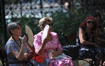 Все повече българи са готови да вземат намалена пенсия (графика)