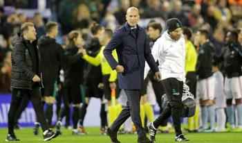 """""""Реал"""" (Мадрид) минава в режим """"мач за мач"""", а Зидан ще търси проблема"""