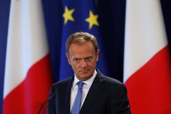 Единствено еврофондовете задържат Полша в ЕС, смята Доналд Туск