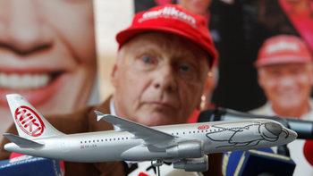 Ники Лауда си върна контрола над авиокомпания Niki