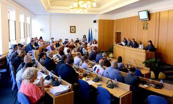 """Общинските съветници ще гласуват бюджета на София, мерките за въздуха и нови условия за """"Софийска вода"""""""