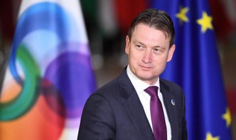 """Холандски министър """"изгоря"""" заради Путин"""