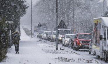 Историческо! Сняг в Неапол за пръв път от половин век (ВИДЕО+СНИМКИ)