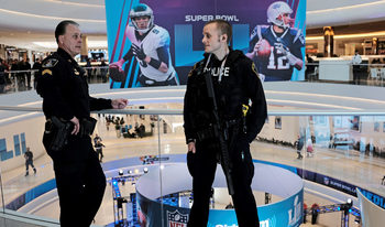"""""""Супербоул"""" LII ще бъде най-охраняваното спортно събитие в САЩ"""