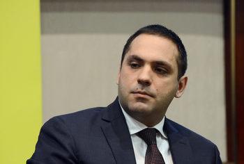 Към България има голям инвестиционен интерес, увери министър Караниколов