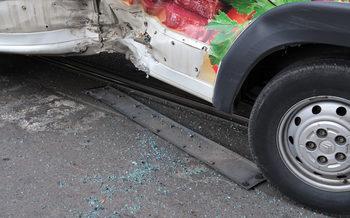 Тежка катастрофа затвори временно пътя Банско – Разлог, петима са пострадали