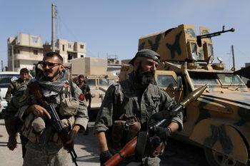 """САЩ бомбардираха сили на Асад в Източна Сирия, Дамаск ги обвини във """"военни престъпления"""""""