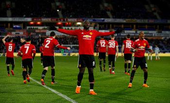 """""""Юнайтед"""" и Моуриньо тръгват от Севиля към мечтата за нов европейски връх"""
