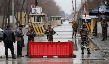 В четири атентата в Афганистан през последното денонощие са загинали най-малко 29 души