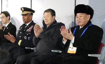 Северна Корея обвини САЩ, че опитват да пречат на затоплянето на отношението с Южна Корея