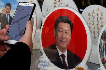 Китайският президент Си Цзинпин може да остане на власт и след 2022 г.