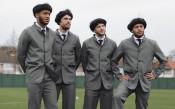 Играчи на Ливърпул станаха Бийтълс за благотворителност