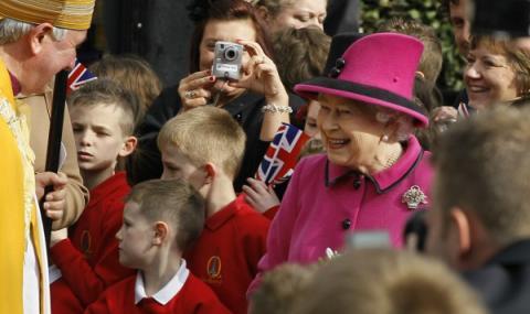 Кралица Елизабет II даде разрешение за сватбата на принц Хари