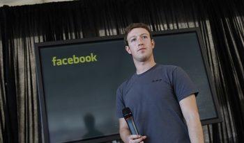 """Зукърбърг се извини и обеща мерки срещу изтичането на данни на абонатите на """"Фейсбук"""""""