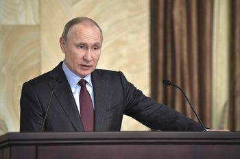 Русия можеше да свали пътнически самолет преди олимпиадата в Сочи, разкри Путин