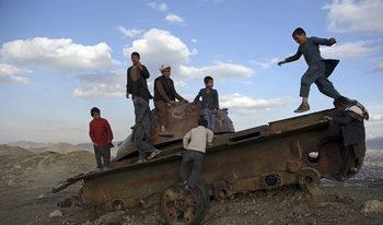 Афганистанското предложение за мир е смело, но талибаните реагират със съмнения