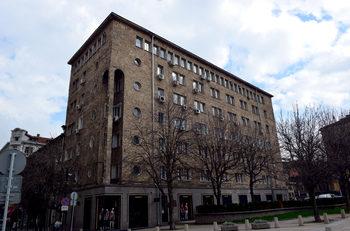 """Името на """"Инерком"""" изплува в договор за наем на сградата на Софийската митрополия"""