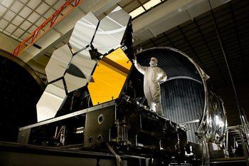 НАСА ще забави с година изстрелването на най-мощния си телескоп