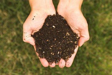 Разменете био отпадък за компост!