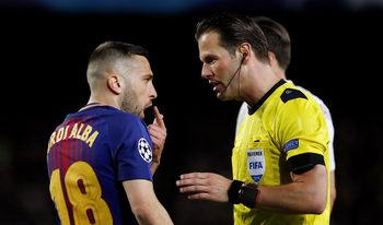 """Треньорът на """"Рома"""" обвини съдиите за тежката загуба от """"Барселона"""""""