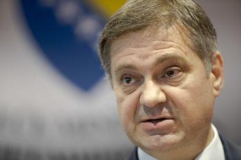 Босненският премиер ще е в София в четвъртък и петък на фона на напрежение в Сараево