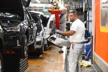 Германската икономика се нуждае от повече чужди работници, сочи проучване