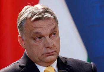 Политиката на ЕС за мигрантите заплашва евреите, обяви Орбан