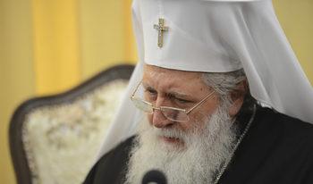 Патриарх Неофит е изведен от реанимация