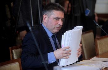 Хвалещите румънския модел сега говорят за прекомерност при ареста на Иванчева, обяви Данаил Кирилов