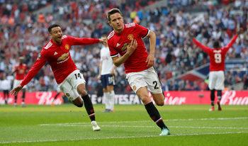 """""""Манчестър юнайтед"""" е първият финалист в Купата на Англия след обрат срещу """"Тотнъм"""""""