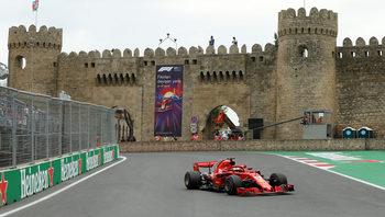 Себастиан Фетел ще стартира първи в Гран при на Азербайджан