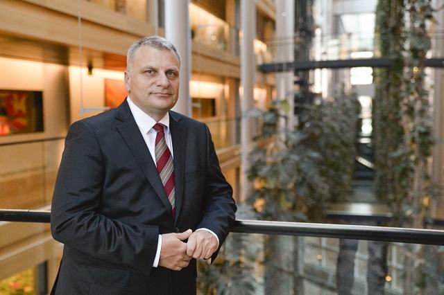 Курумбашев: Изказването на Вебер за позицията на ЕНП за българските превозвачи е абсолютна лъжа!