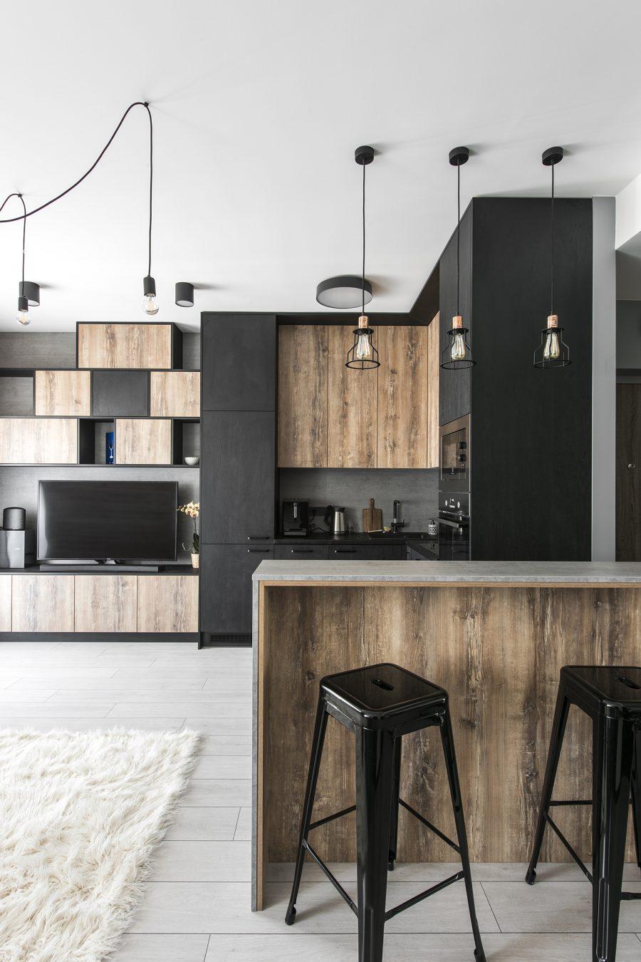 Малък апартамент със стилен монохромен интериор [50 м²]