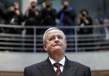 """В САЩ повдихнаха обвинения срещу бившия шеф на """"Фолксваген"""" заради """"дезелгейт"""""""