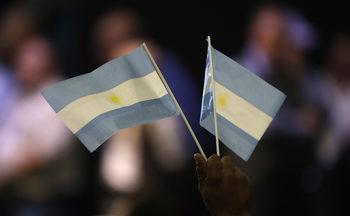 Защо аржентинската икономика е толкова крехка