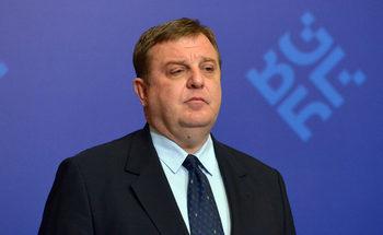 Министърът на отбраната ще отговаря за кибер- и хибридната война
