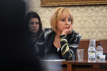 Българи, продали колите си, са съдени в Гърция за каналджийство