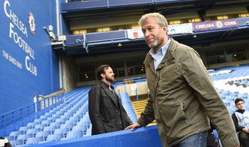 """Изграждането на стадиона на """"Челси"""" влиза в застой заради проблемите на Абрамович"""