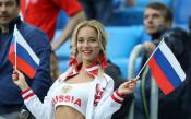 Руската порнозвезда, любимка на камерите, осребри славата си