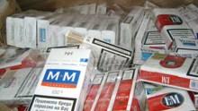 Два килограма насипен тютюн и 1 300 кутии цигари без бандерол иззеха при полицейска акция