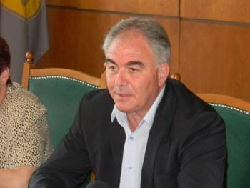 Кметът Спартански: Не съм разрешавал от квотата на общината да се ползва театъра за боксов турнир