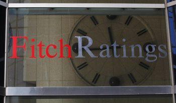 """""""Фич"""" потвърди, а S&P повиши перспективата за кредитния рейтинг на България"""