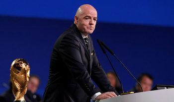 """ФИФА отчита финансово здраве и нов живот след """"клиничната смърт"""" от 2016 г."""