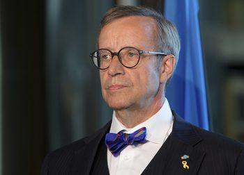 Русия забрани на бивш естонски президент да влиза в страната