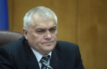 """Заради случая """"Пелов"""" министърът пенсионира с благодарност полицейски шеф"""