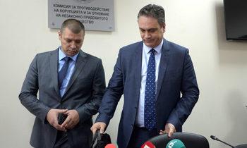 Антикорупционната комисия иска да може да арестува, за да намали теча на информация