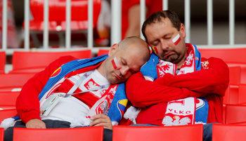 Снимка на деня: Когато футболът те изтощи