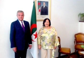 Румен Петков и Н. Пр. Латифа Беназза обсъдиха отношенията между България и Алжир