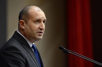 За присъединяването към еврозоната са необходими мерки отвътре, обяви президентът