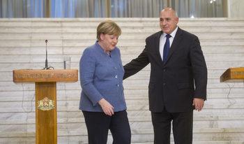 Борисов е поканил Меркел на срещата на Китай и Източна Европа